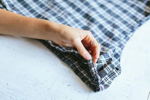 """""""Hóa phép"""" váy liền thành chân váy midi và áo croptop"""