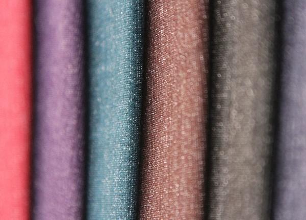 Áo thun làm từ chất liệu cotton