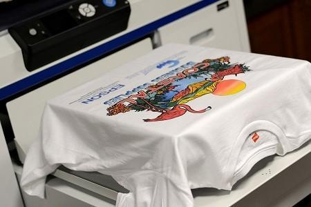 In kỹ thuật số là phương pháp in trực tiếp lên vải áo
