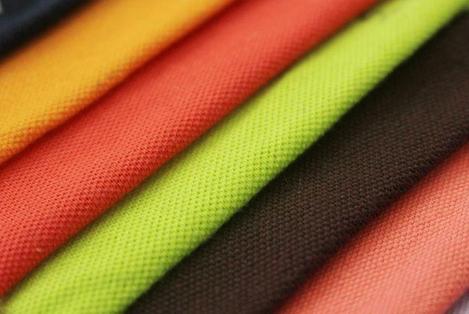 Vải cotton là loại vải thoáng mát, thấm hút mồ hôi tốt