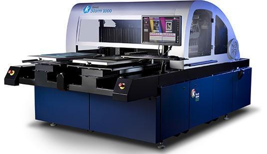 Máy in kỹ thuật số KORNIT có thể in trực tiếp lên vải với tốc độ nhanh mà vẫn đạt chất lượng hình ảnh tốt