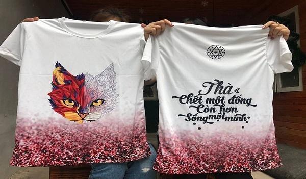 """Mẫu áo phông đồng phục với hình """"độc"""" - slogan """"chất"""""""